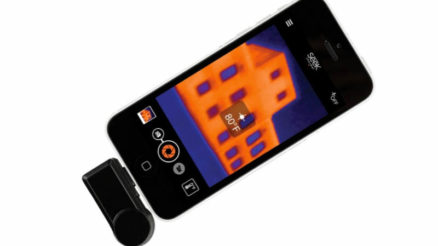 Seek Compact thermal smart phone camera